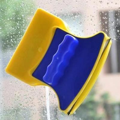 curatat ferestre