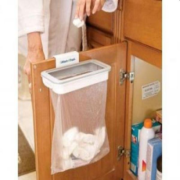 Un suport nemaipomenit pentru sacul de gunoi, foarte util in bucatarie