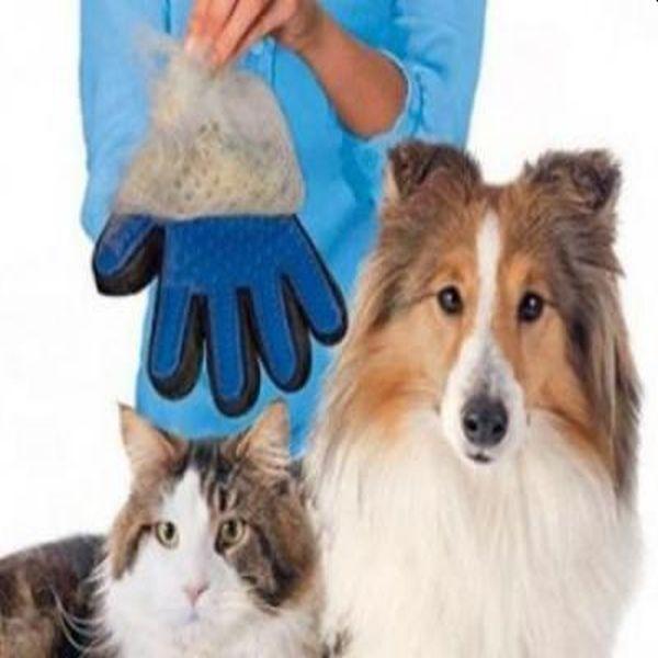 Perie in forma de manusa pentru curatare par de animale